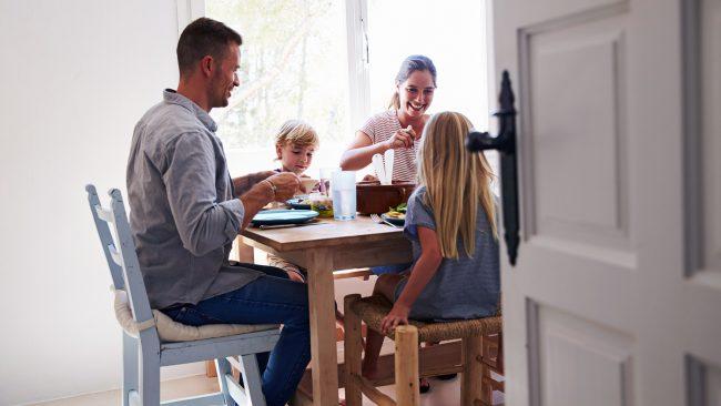 Matbordet ger viktig vägkost för livet